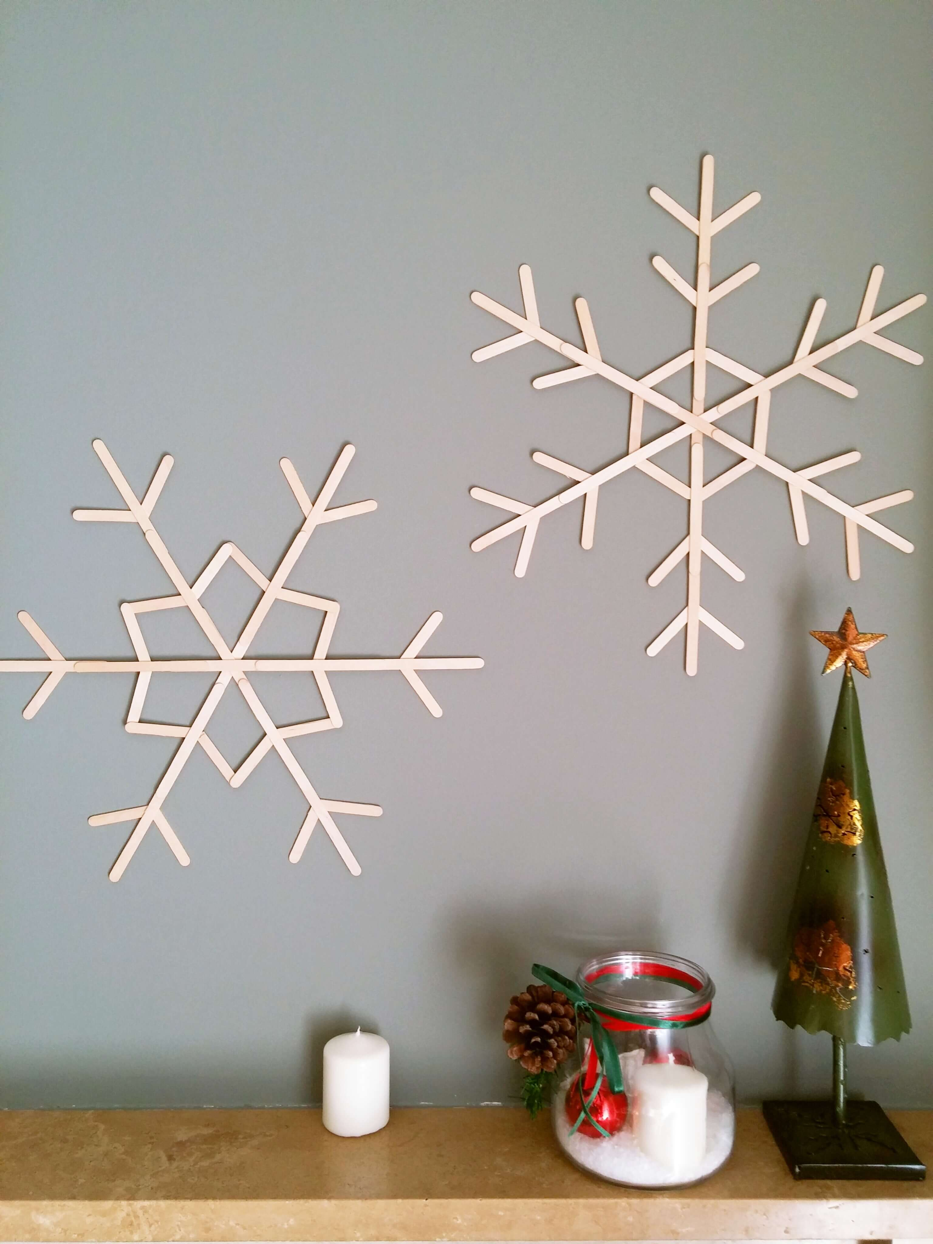 5_snowflakes_sticks